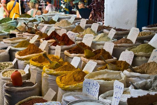 tunis-spice-market